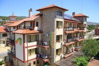 - .Hotel Breza